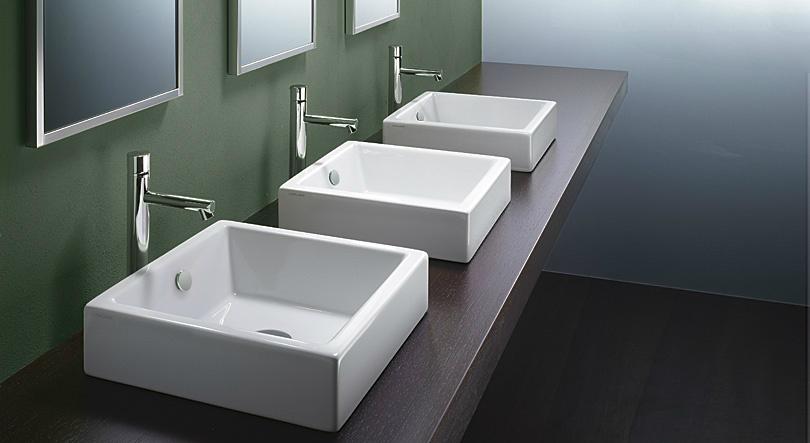 sintesibagno-verbania-svizzera-canton-ticino-lavabo-appoggio-verso-catalano