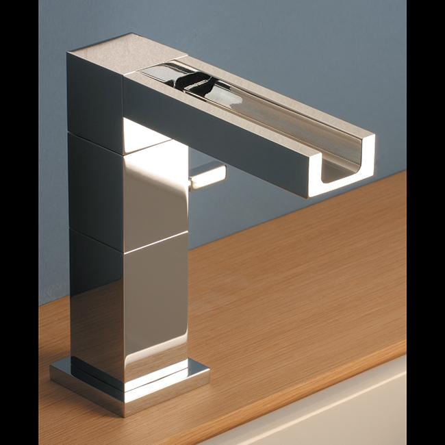 sintesibagno-verbania-svizzera-canton-ticino-locarno-ascona-hego-water-design-rubinetto-rubinetteria-miscelatore-elidere-cascata