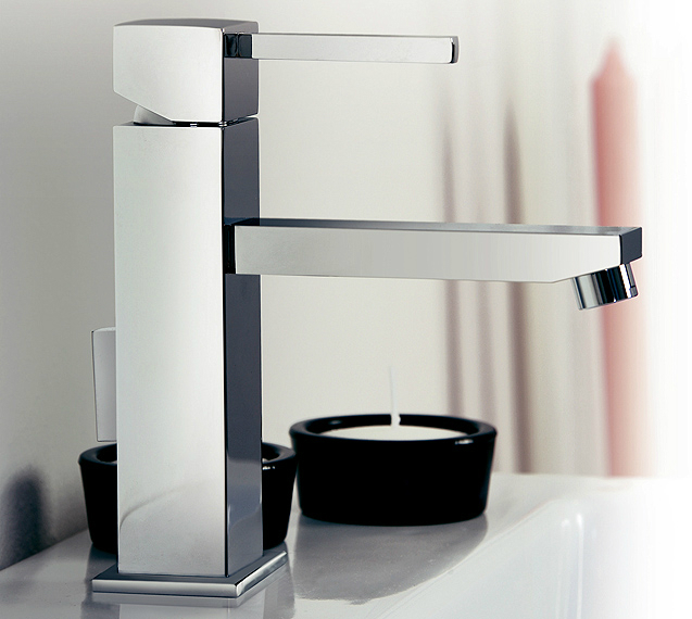 sintesibagno-verbania-svizzera-canton-ticino-miscelatore-lavabo-art-design-01