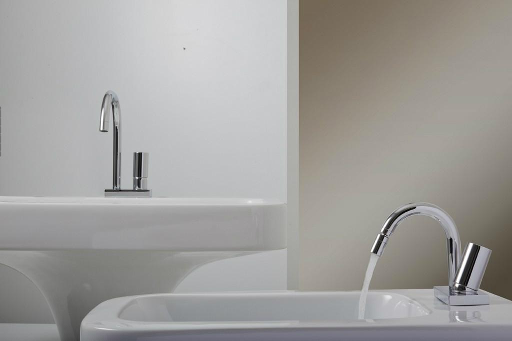 sintesibagno-verbania-svizzera-canton-ticino-miscelatore-lavabo-bidet-zero-bonomi
