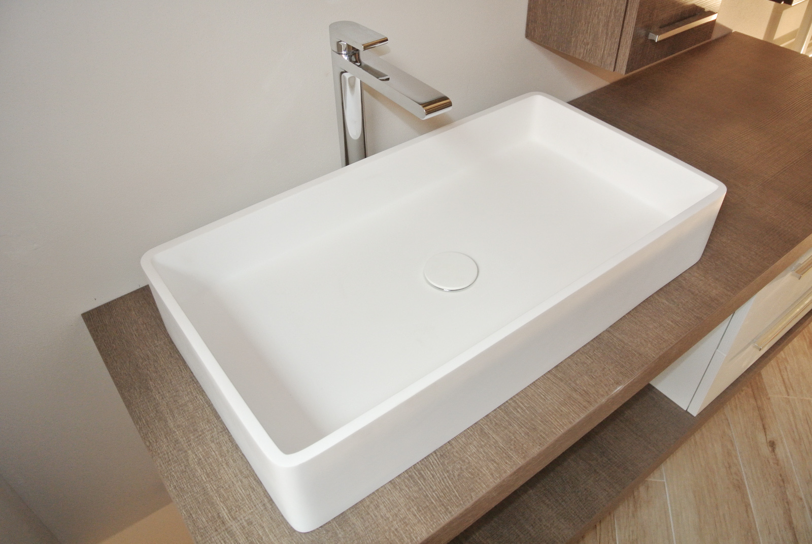 sintesibagno-verbania-arredobagno-lavabo-corian-miscelatore-lavabo-prolungato-bpnomi-bonny