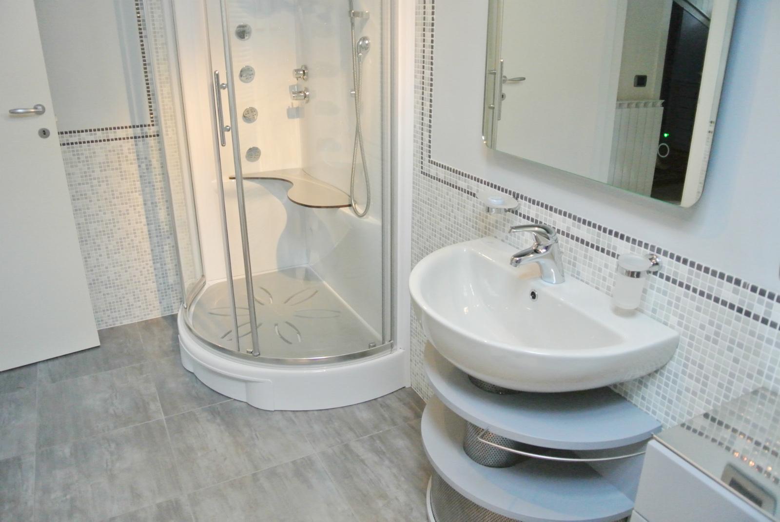 sintesibagno-verbania-arredobagno-svizzera-canton-ticino-lavabo-small-01