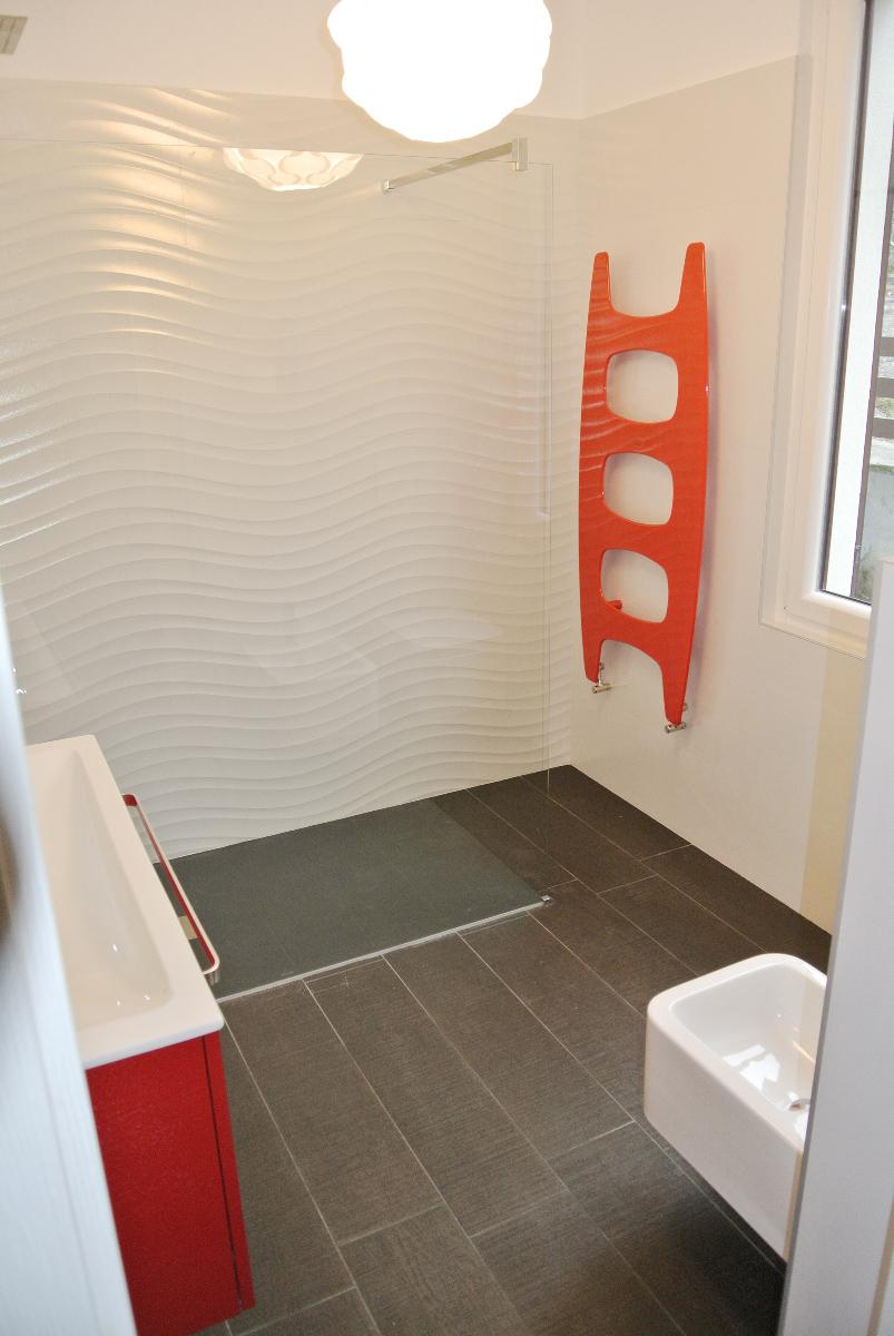 sintesibagno-verbania-canton-ticino-sviezzera-arredobagno-mobile-bagno-rubinetteria-parete-in-cristallo-piatto-doccia-filo-pavimento-11