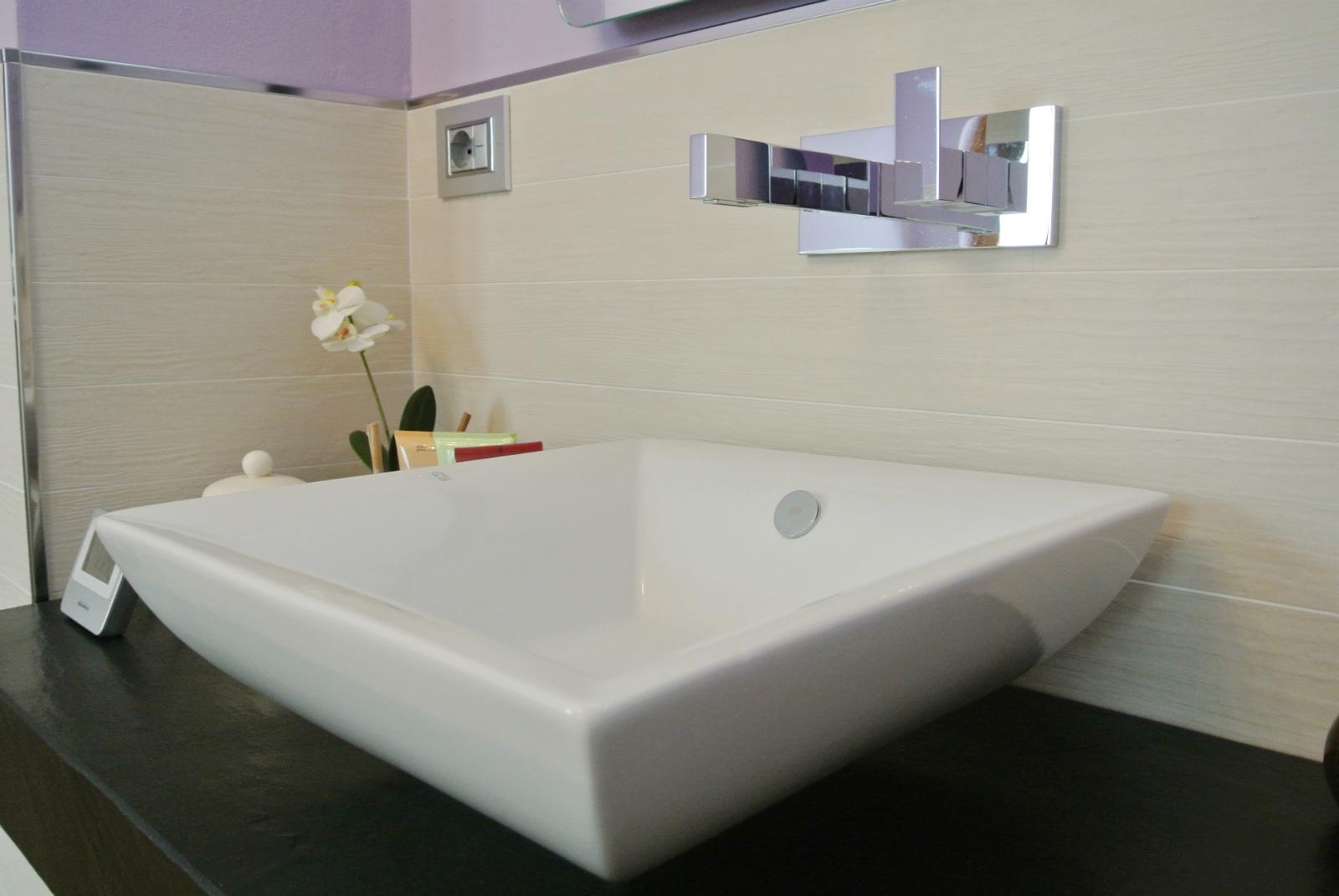 sintesibagno-verbania-svizzera-canton-ticino-piano-lavabo-arredobagno-04