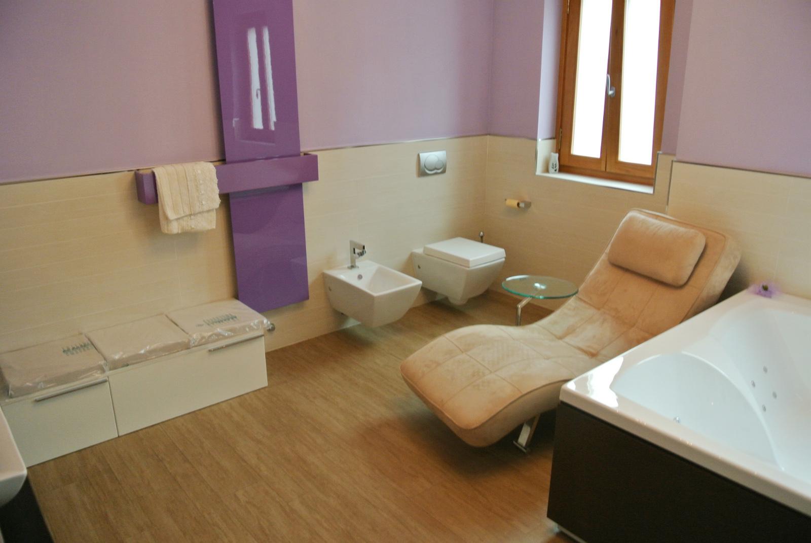 sintesibagno-verbania-svizzera-canton-ticino-vasca-da-bagno-doppia-grande-dimensione-bagno-completo-arredobagno-03