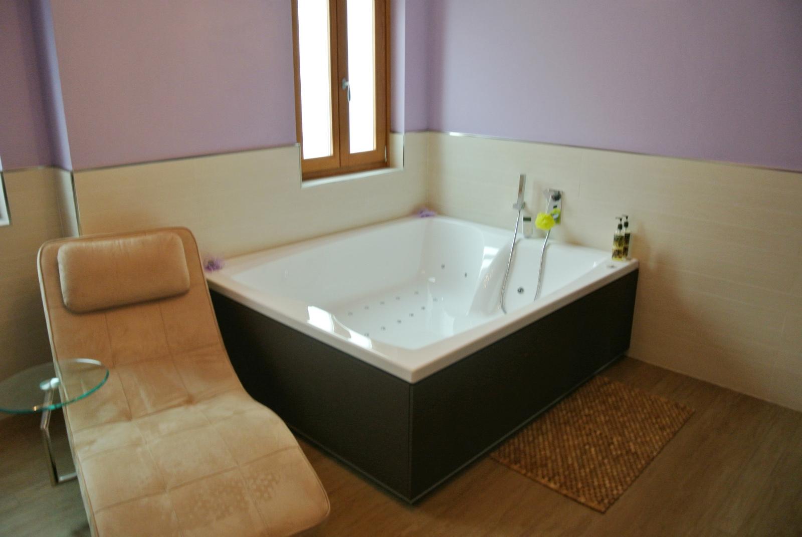 sintesibagno-verbania-svizzera-canton-ticino-vasca-da-bagno-doppia-grande-dimensione-bagno-completo-arredobagno-04