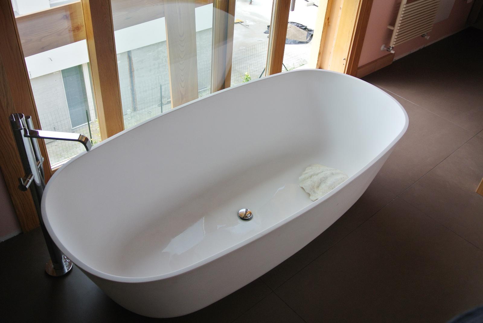 sintesibagno7bisss-verbania-lago-maggiore-svizzera-arredobagno-canton-ticino-bagno-vasca-centro-stanza-lavabo-sfera-cx-catalano